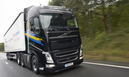 Volvo Trucks selects Michelin X Line Energy tyres for two record-breaking road tests