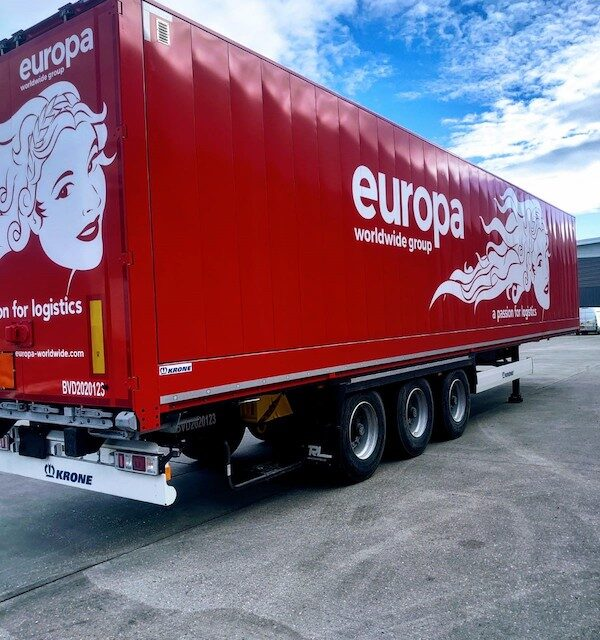 TRL choose Krone for Europa's flexible-loading trailers