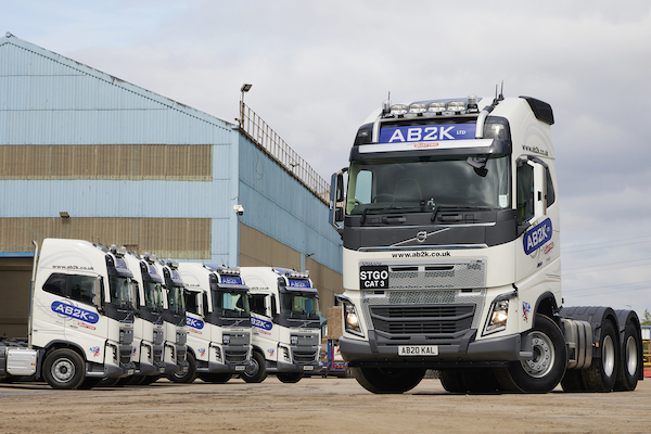 VOLVO TRUCKS SUPPLIES FH16 750 SIX-PACK FOR AB2K