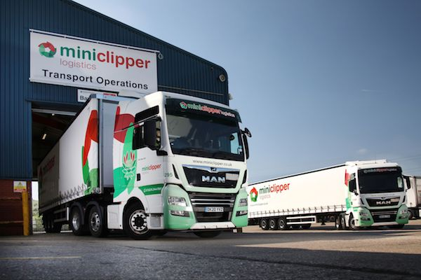 Miniclipper Logistics celebrates opening its new £5.5m 4.5-acre distribution and logistics centre in Dunstable
