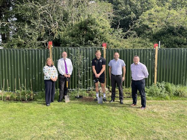 Nottingham businesses make Great Big Green Week pledges following tree planting initiative